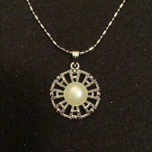 Jewelry - Freshwater pearl pendant necklace natural new